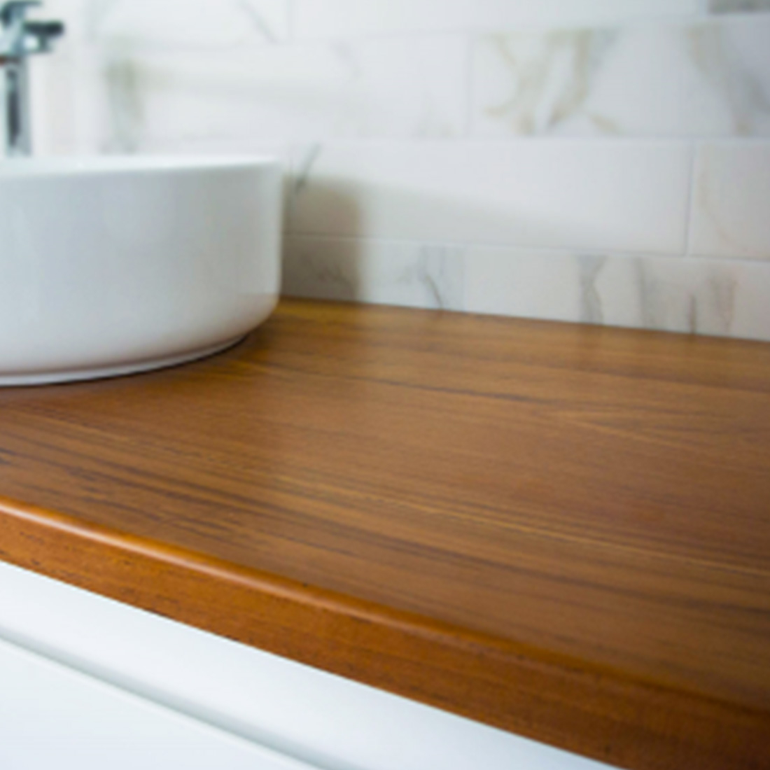 Valencia Timber Top